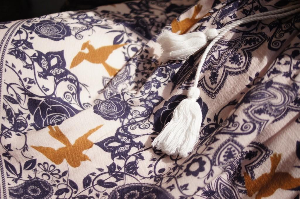 Naoczny dowód tkania w sam raz nawiązuje do Przędzalni